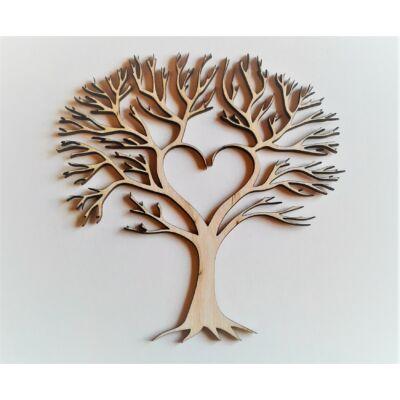 fa szívvvel dekor