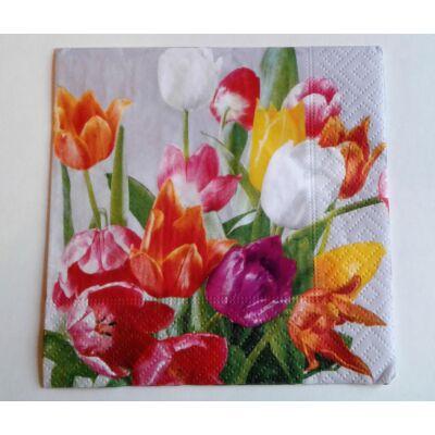 tulipános tavaszi dekupázs szalvéta